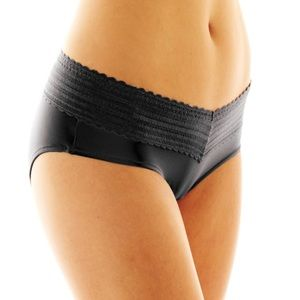 4 Lace hipster no-muffin top panties